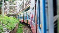 yangon tour by circular train 3