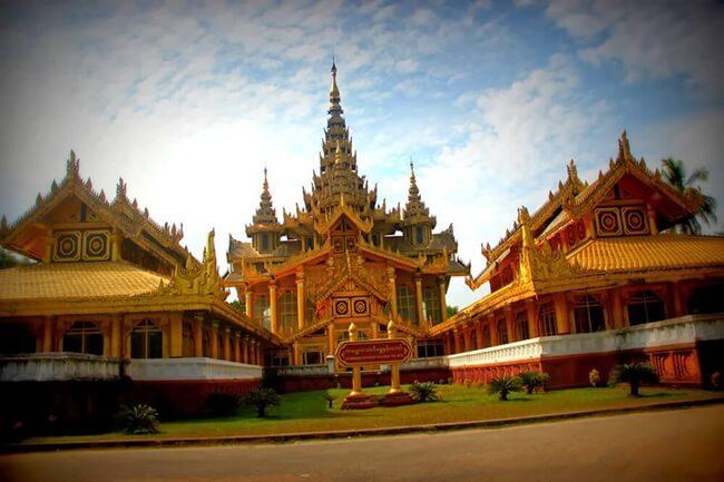 Kanbawza-Thardi-Palace 1