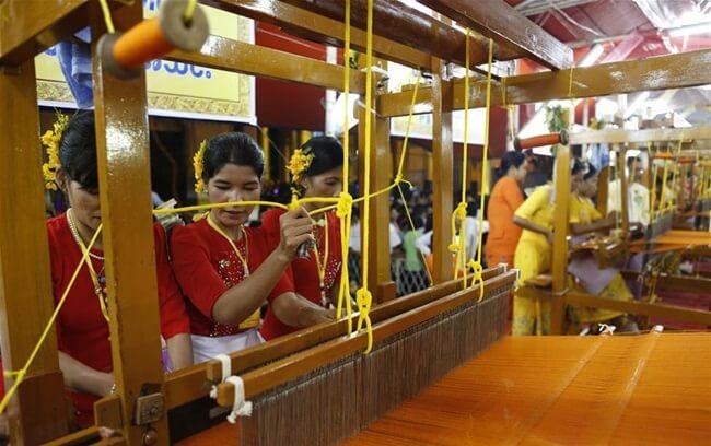 shwedagon pagoda festival 9