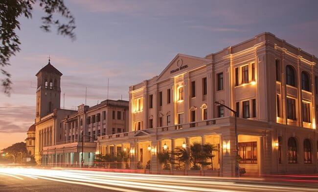 strand hotel yangon 1