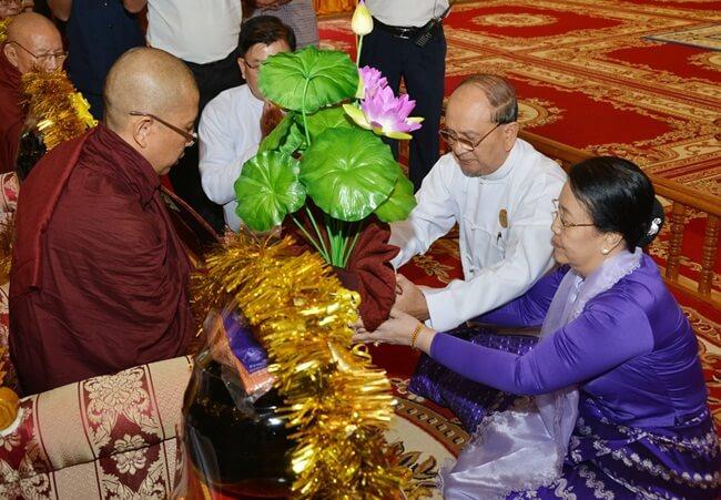 shwedagon pagoda festival 2