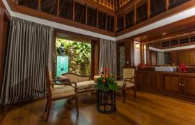 Kandawgyi Palace Hotel - Royal Bungalow