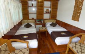 Royal Green River Cruise 4