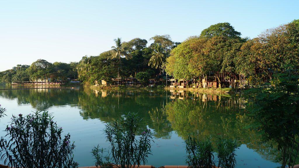 kandawgyi park 2