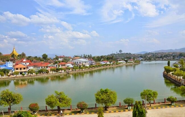 The peaceful Naung Tung lake